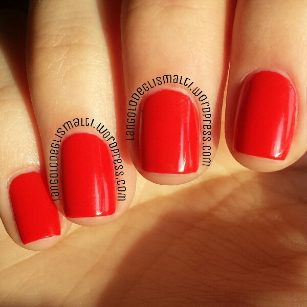 OPI - Red My Fortune Cookie