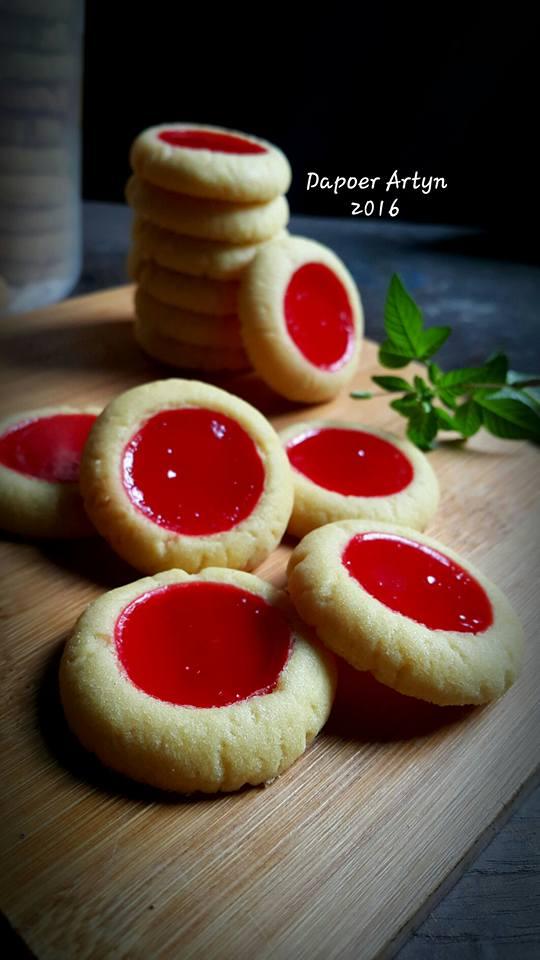 Strawberry Thumbprint Cookies By Ainie Dihati Adjie Langsungenak Com