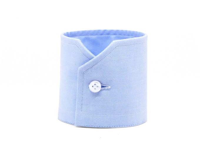 Light blue mitered barrel cuff with white button