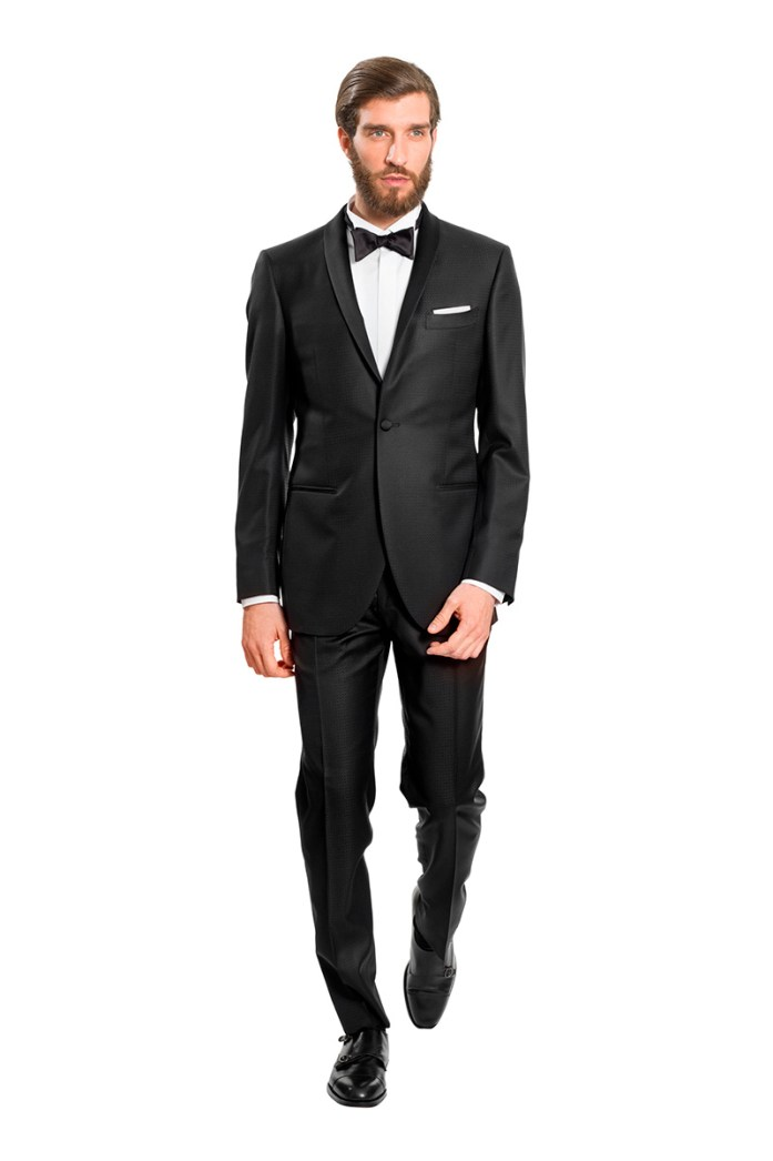 Man in tuxedo, black tie look
