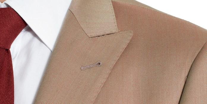 Standard peaked lapel on a solaro jacket