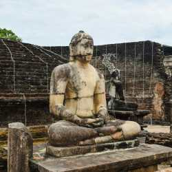 Polonnaruwa Vatadage - Buddha Statue