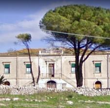 Villa Vela: Case Messina