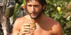 walter nudo vincitore dell'isola dei famosi 1 Foto