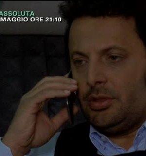 """Foto di Enrico Brignano protagonista della seconda serie di """"Fratelli Detective"""""""