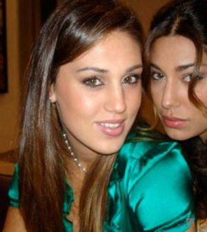 Foto di Belén e la sorella Cecilia Rodriguez