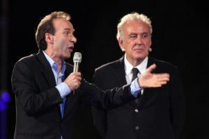 Michele Santoro e Roberto Benigni Tutti in piedi