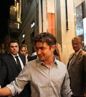 Foto di Riccardo Scamarcio ospite di Paul&Shark per la Vogue Fashion's Night Out