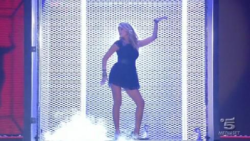 Foto Alessia Marcuzzi che balla