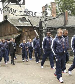 Nazionale-visita-Auschwitz