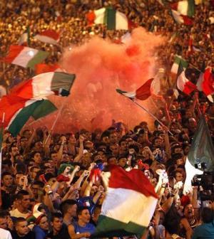 EURO-2012-tifosi-in-piazza
