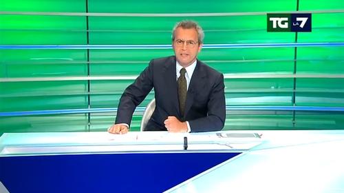 """Mentana al Tg: """"Niente notizie sul traffico e le vacanze"""""""