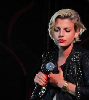 Foto di Emma Marrone esibizione live