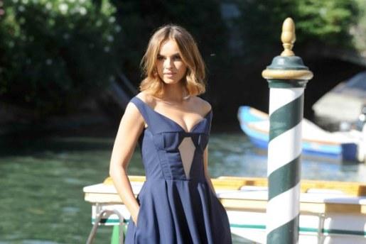 Kasia Smutniak apre la Mostra del cinema di Venezia