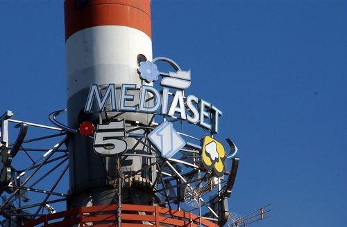 Mediaset in rosso per 287 milioni: la prima volta senza utili nè dividendi dal 1996