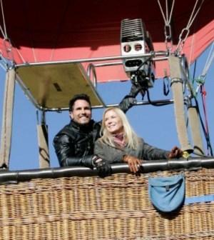 Brooke e Bill in mongolfiera