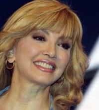 MillyCarlucci-caso-Anna-Oxa