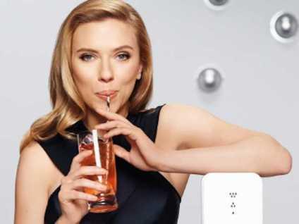 Scarlett Johansson, testimonial di SodaStream