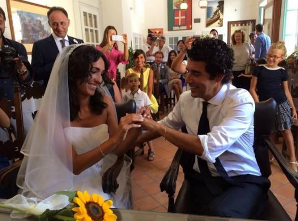 Matrimonio In Segreto : Caterina balivo matrimonio in segreto per la conduttrice di detto