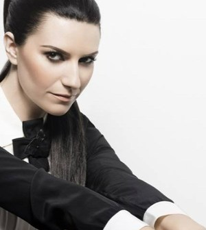 foto laura pausini simili shooting
