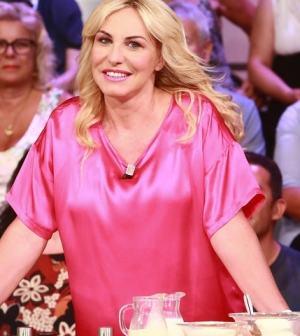 foto di Antonella Clerici in onda