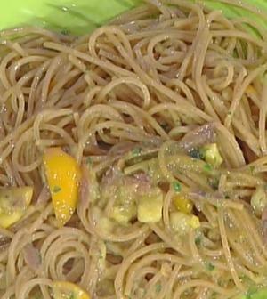 foto spaghettoni con fichi d'India