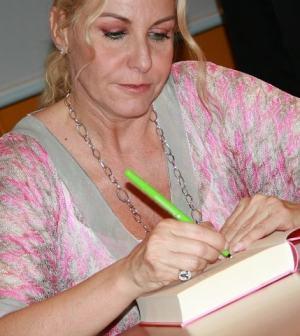 foto Antonella Clerici presentazione libro