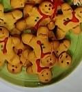 Foto omini di pan di zenzero Domenica in