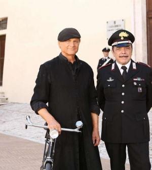 Foto Don Matteo Terence Hill e Nino Frassica