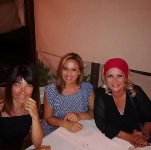 foto Tina Cipollari con le amiche