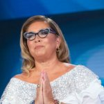 "Romina Power senza fiato a Domenica In. Mara: ""Dateci dell'acqua!"""