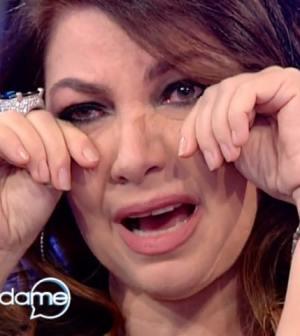 foto Cristina D'Avena che piange