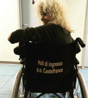 foto Donatella Rettore sedia a rotelle ora o mai più