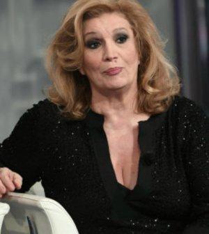 foto Iva Zanicchi palma d'oro Sanremo rubata