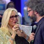 """Simone Cristicchi commuove Mara Venier: """"Mi ha toccato il cuore"""""""