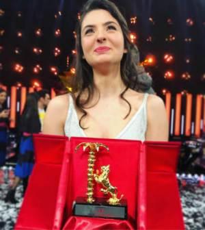 foto tecla insolia vince Sanremo Young