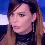 """Luigi Favoloso, Nina Moric pubblica i messaggi e svela: """"Voleva uccidermi"""""""