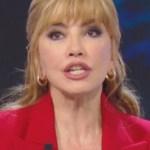 """Milly Carlucci confessa a Simona Ventura: """"È stato molto difficile"""""""