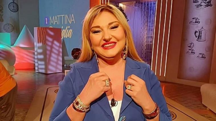 """Unomattina in famiglia 2021/22, Monica Setta: """"Confermata alla conduzione"""""""