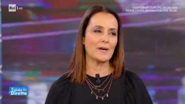 """Estate in diretta, Roberta Capua addolorata: """"Apriamo con tristezza"""""""