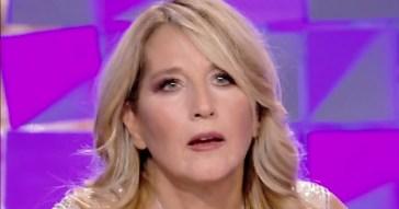 """Grande Fratello Vip, Jo Squillo fa un annuncio: """"Vorrei entrare con il burqa!"""""""