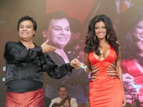 Paola Miranda y Juan Gabriel