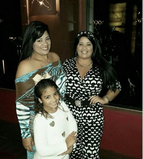cely Alonzo y sus bellas hijas Keiry y Masiel