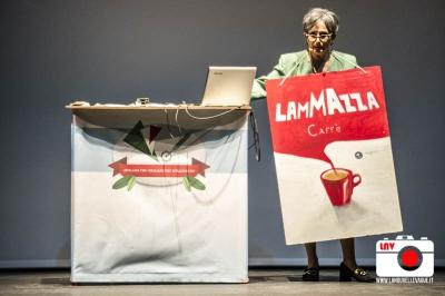 Come diventare italiani, il tutorial al Teatro Miela
