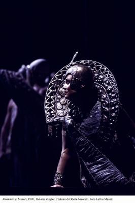 3-Idomeneo di Mozart, 1990, Ziegler. Costumi di Nicoletti. Foto Lelli e Masotti