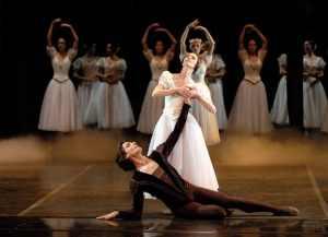 Giuseppe-Picone-Ballet-de-lOpéra-National-de-Bordeaux1