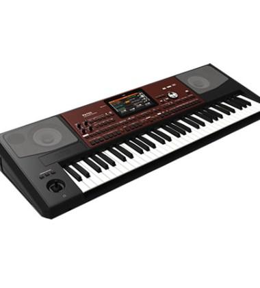 KORG PA 700 keyboard