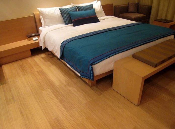 harga lantai vinyl motif kayu