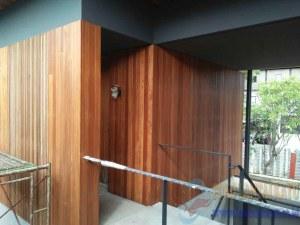 pemasangan plafon kayu lambersering 1