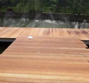 lantai kayu outdoor decking